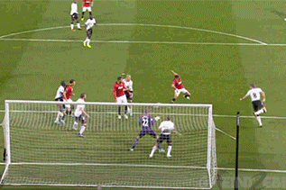 GIF: Javier Hernandez Scores for Manchester United vs. Liverpool