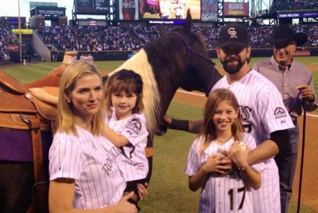 Todd Helton Receives Horse from Rockies in Emotional Retirement Ceremony