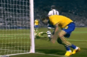 Bendtner Smashes Ball at West Brom Ball-Boys, Crashes into Post