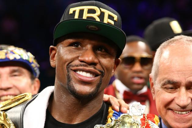 Floyd Mayweather Claims He's Betting $300K on Johnny Manziel This Weekend