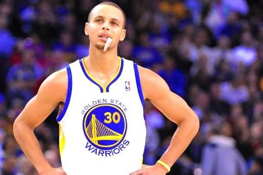 Stephen Curry Signs Endorsement Deal to Wear Lemonade-Flavored Mouthguard