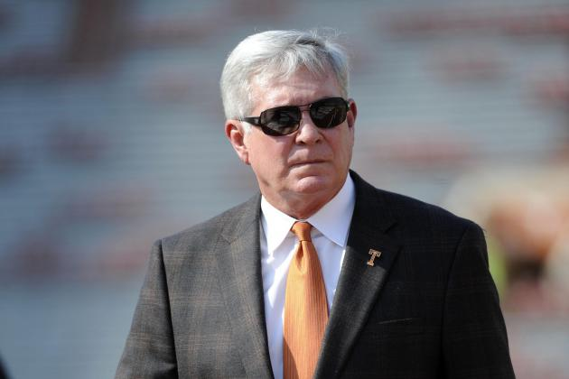 Pros and Cons of Mack Brown Stepping Down Midseason