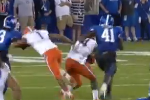 Video: Florida WR Dunbar Tackles His Own RB, Saves Kentucky a Touchdown