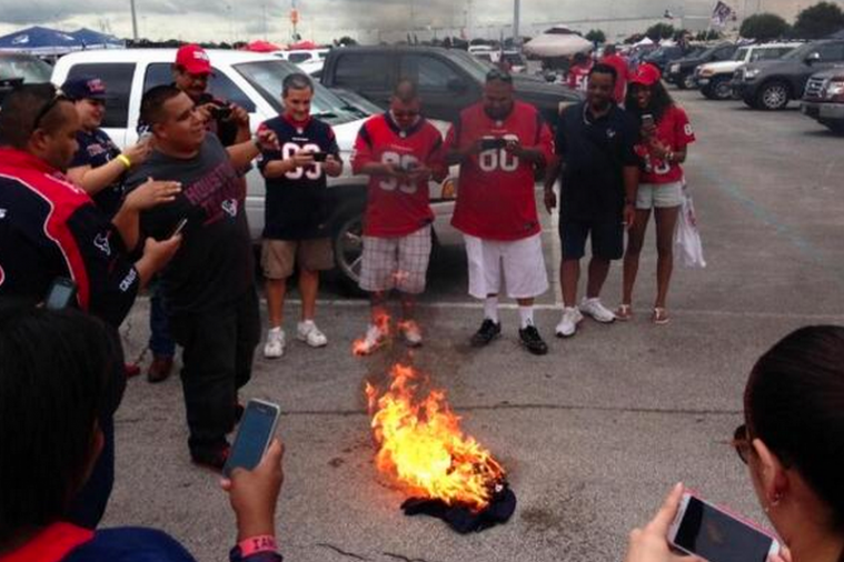 Houston Texans Fans Burn Matt Schaub Jersey Following Loss to Seattle Seahawks