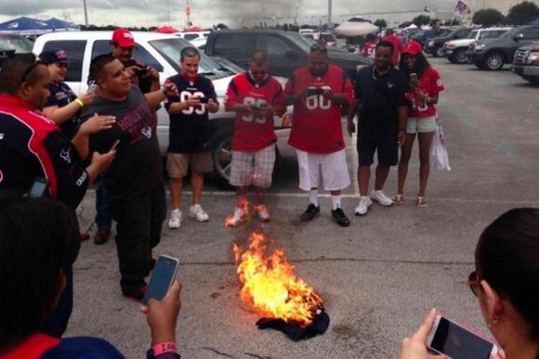 Houston Texans Fans Burn Matt Schaub Jersey Following Loss to Seattle Seahawks