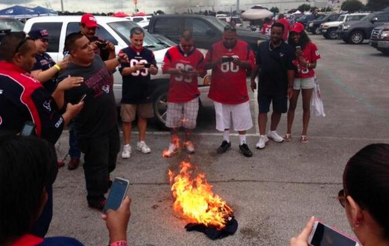 ad6095bf5 Houston Texans Fans Burn Matt Schaub Jersey - NFL General ...