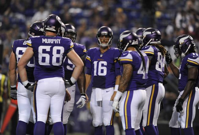Hi-res-176463814-matt-cassel-of-the-minnesota-vikings-huddles-up-with_crop_north