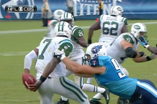 Geno Smith Attempts to Go Behind-the-Back, Fumbles in the Process