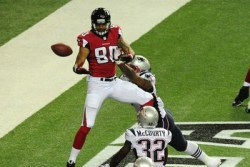 Falcons Offense Misfires, Mostly in Red Zone