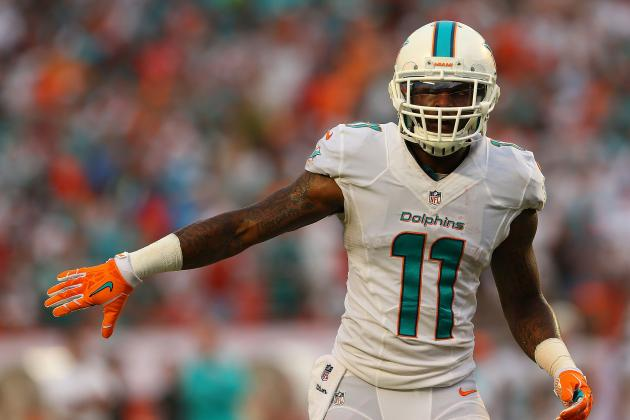 Miami Dolphins' Mike Wallace Will Be on Center Stage