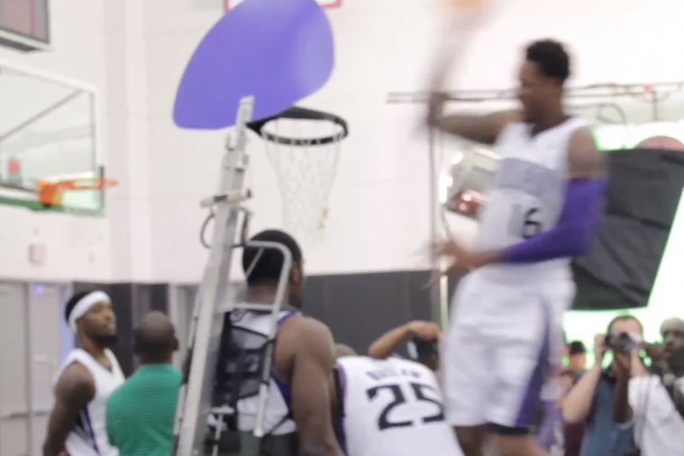 Ben McLemore Posterizes Travis Outlaw with the Help of a Posterizing Backpack