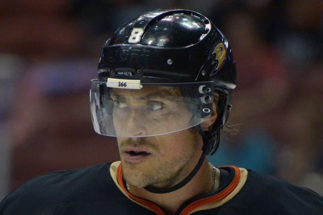Avs Welcome Teemu Selanne, 43, to Begin 22nd and Final NHL Season