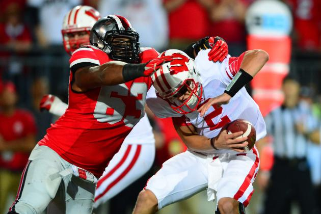 Meyer Hails Bennett's Leadership on Defense
