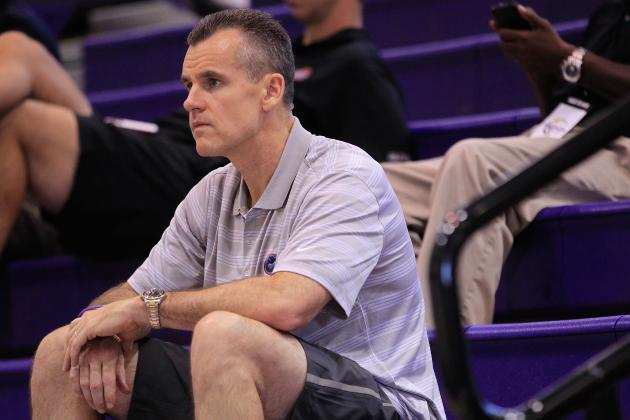 Billy Donovan Honored at Annual V Foundation Dinner