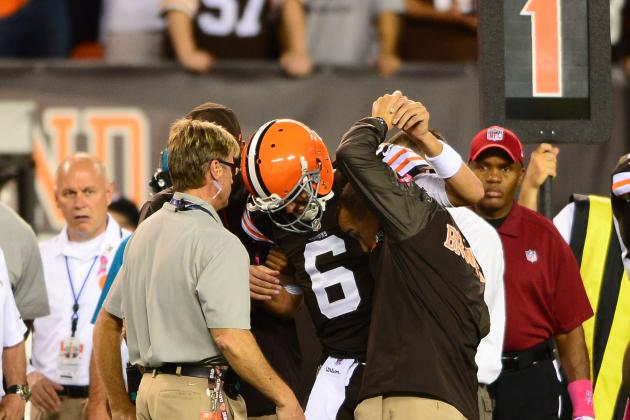 Browns QB Brian Hoyer Suffers Knee Injury, out for Game