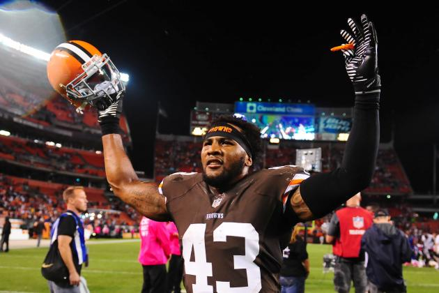 Cleveland Browns Lead AFC North After Win vs. Bills
