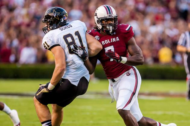 Clowney (ribs) Skips Practice, Should Play