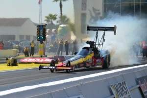 FYI WIRZ: NHRA Contenders Blast Midway into Countdown Playoffs at Reading