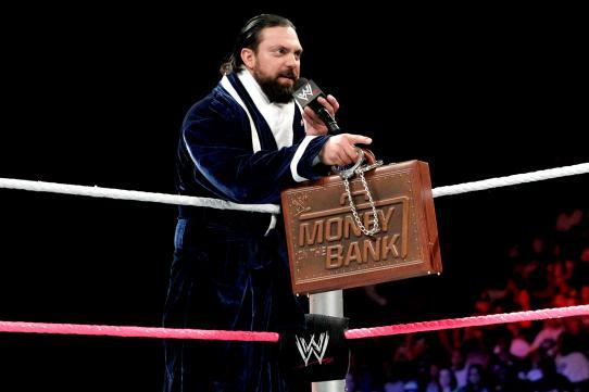 WWE Battleground: Damien Sandow Should Not Cash in the Briefcase