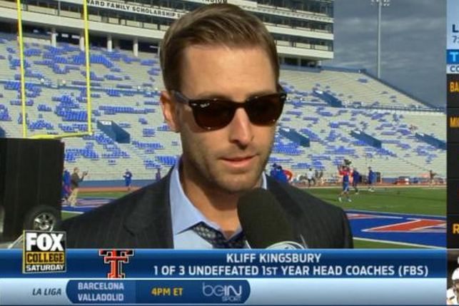 Texas Tech Coach Kliff Kingsbury Looks Too Cool During Pregame Interview
