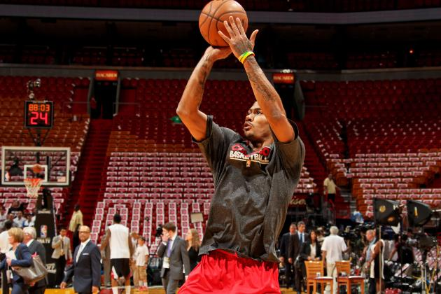 Timeline of Derrick Rose's Journey from Knee Injury to NBA Return