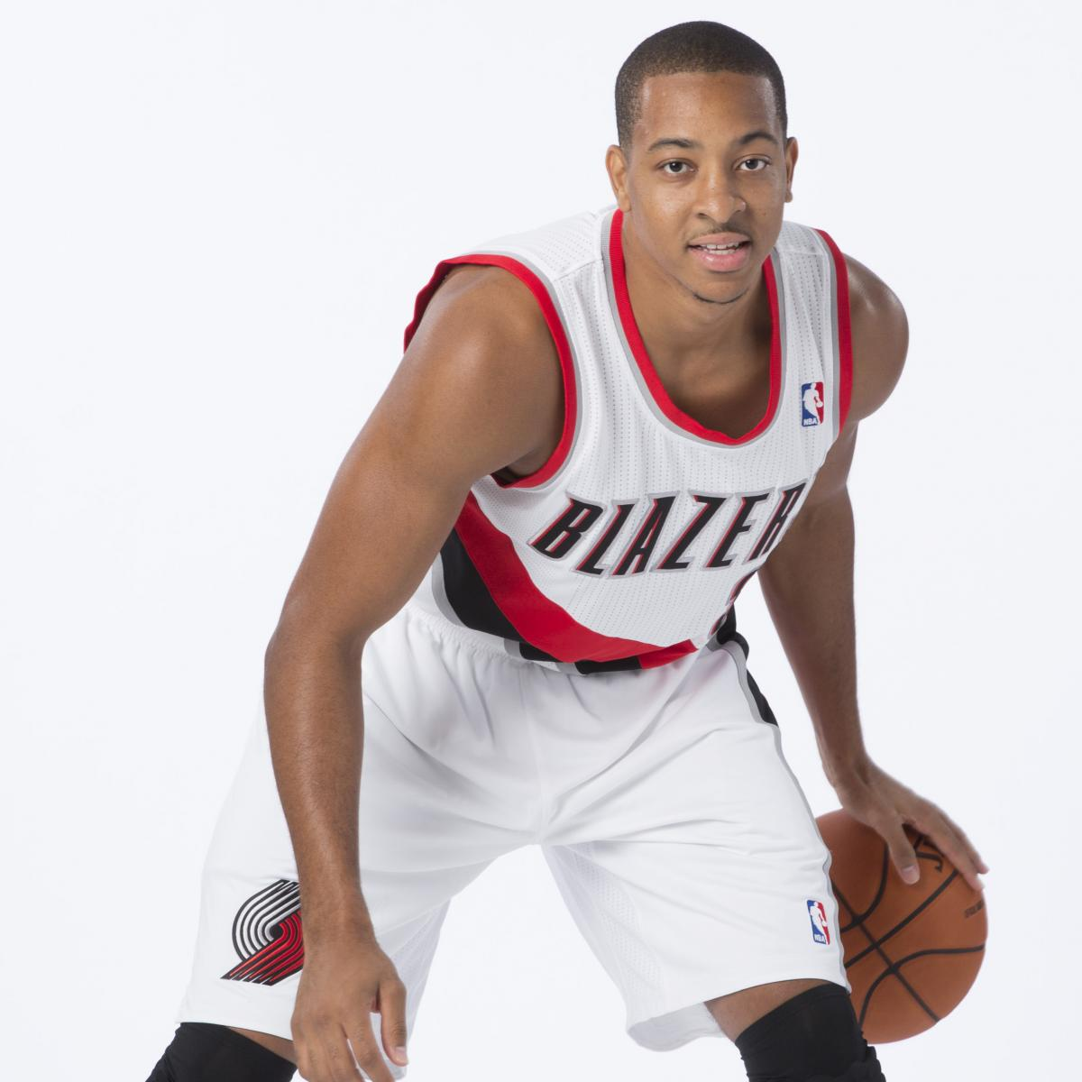 Portland Trail Blazers Injury News: CJ McCollum Injury: Updates On Trail Blazers Guard's Foot