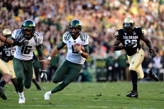 Mariota's 7 TDs Lead No. 2 Oregon by Buffs