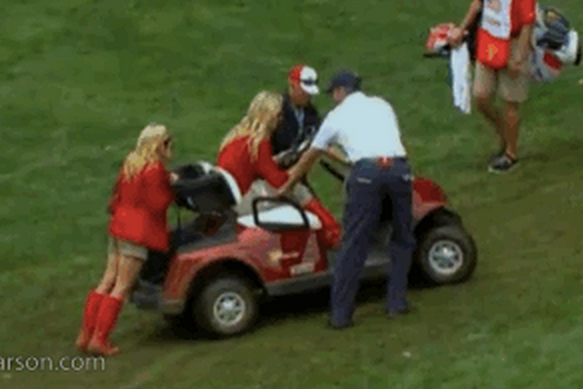 Phil Mickelson's Wife Pushes Lindsey Vonn's Stuck Golf Cart
