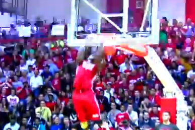 Hanner Mosquera-Perea Dunks Two Balls at Once at Hoosier Hysteria