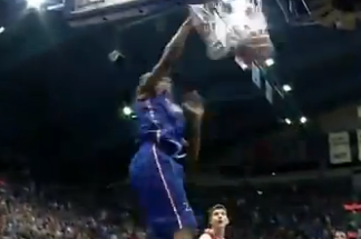 VIDEO: Here's a Bunch of Dunking and Dancing by Andrew Wiggins