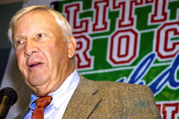 Hall of Famer Pat Dye Speaks out on Condoleezza Rice on CFB Playoff Committee