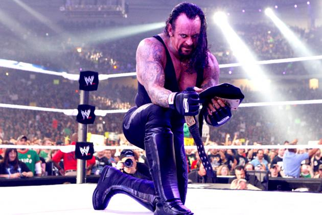 WWE Classic of the Week: Remembering Undertaker vs. CM Punk at Hell in a Cell