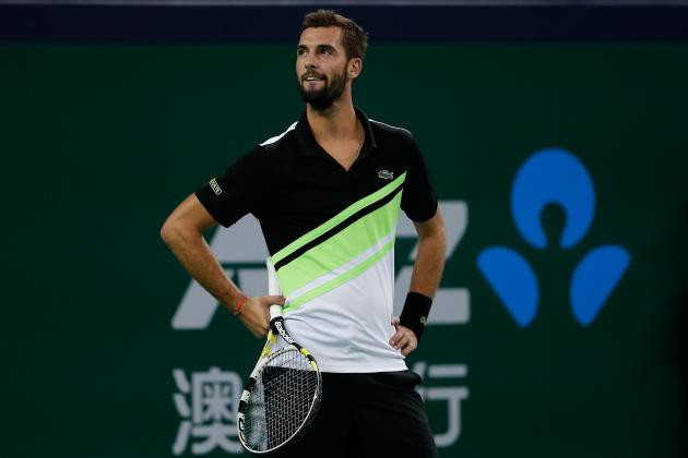 Paire Beats Simon in All-French Clash
