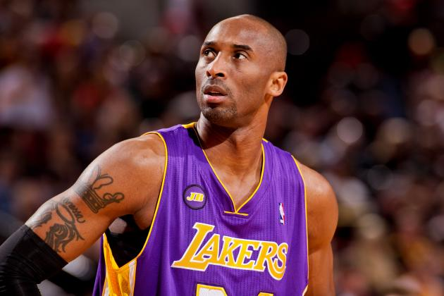 Lakers News: Latest on Kobe Bryant's Ailing Knee, Wesley Johnson's Foot and More