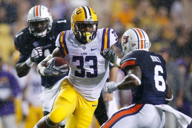 LSU Football: Why Jeremy Hill Is the Perfect Back to Attack Gators Defense