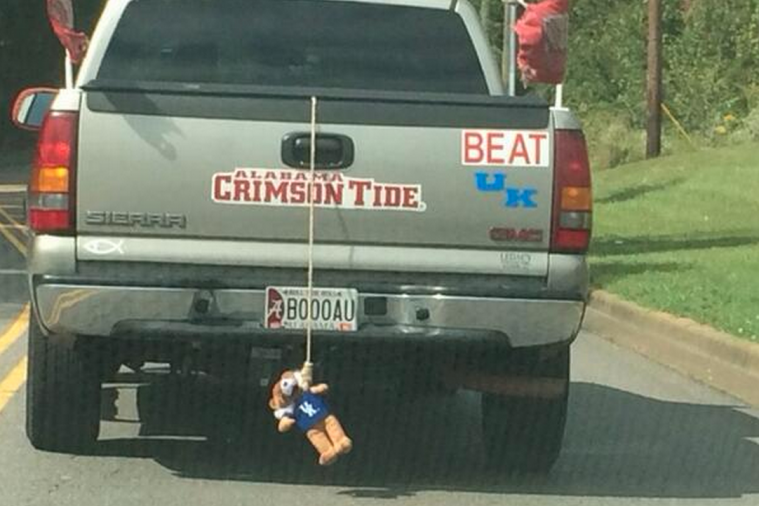 Alabama Fan Hangs Kentucky Mascot from Truck in Anticipation of SEC Showdown