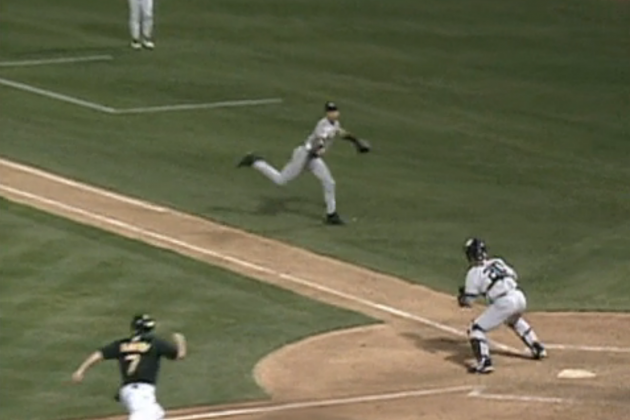 We Remember: Derek Jeter Pulling off 'The Flip' to Save the Yankees