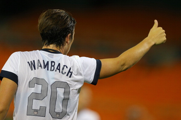 Wambach Thanks Fans for Support After Marrying Gf Sarah Huffman