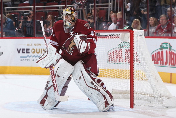 Can Mike Smith Be a Dominant Goaltender Again for 2013-14 Phoenix Coyotes?