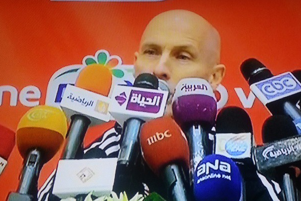 Bob Bradley Bombarded with Mics