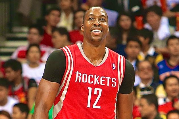Filipino Fans Reportedly Boo Dwight Howard and Chant 'Kobe' During Rockets Game