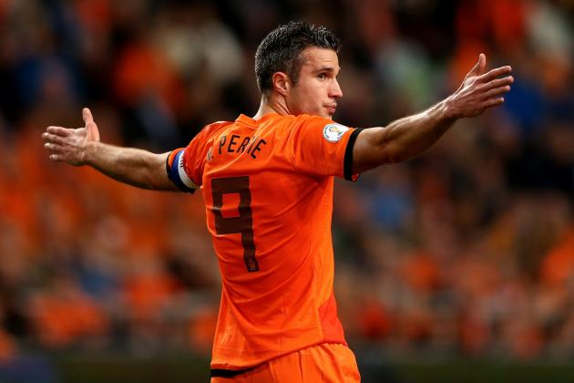 RVP Scores Hattrick to Become NED's All Time Goal Scorer