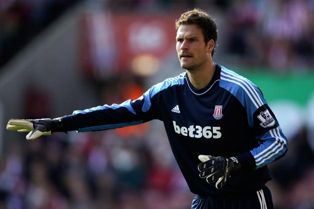 Asmir Begovic Should Be Manchester City's No. 1 January Transfer Target