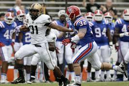 Baggett Breaks Army Rushing Record