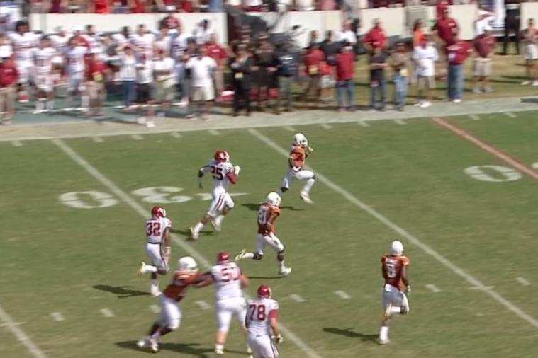 Texas PR Daje Johnson Scores on 85-Yard Punt Return vs. Oklahoma