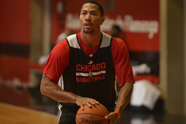 Report: Derrick Rose Suffers Soreness to Left Knee