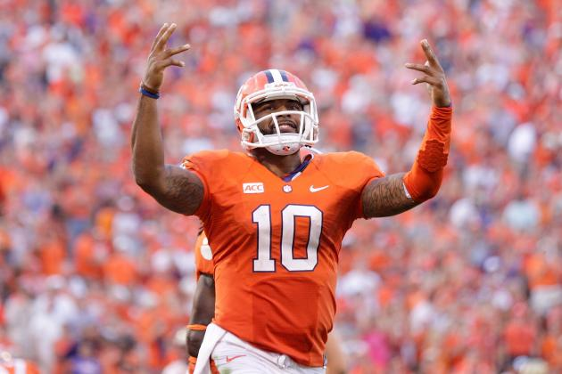 Tajh Boyd Tells Clemson Fans to Quiet Down During His Interview