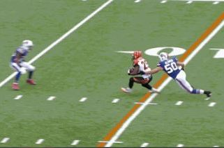 Bengals' Giovani Bernard Makes Slick Moves on 20-Yard TD