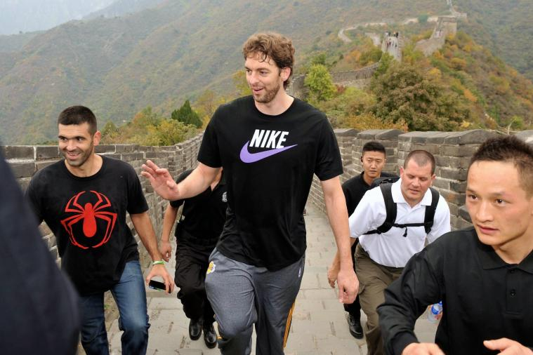 Togetherness Taking Hold as Los Angeles Lakers Travel to Great Wall of China