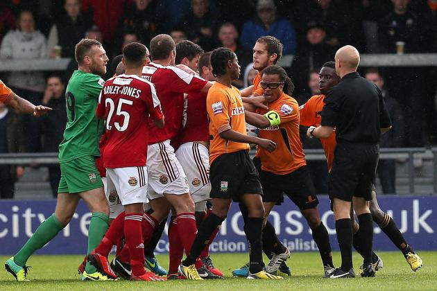 Edgar Davids Sent off for Deliberate Elbow as Barnet Match Erupts into Brawl
